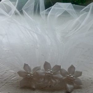 Communion Veil With Three Flowered Comb Head PIece